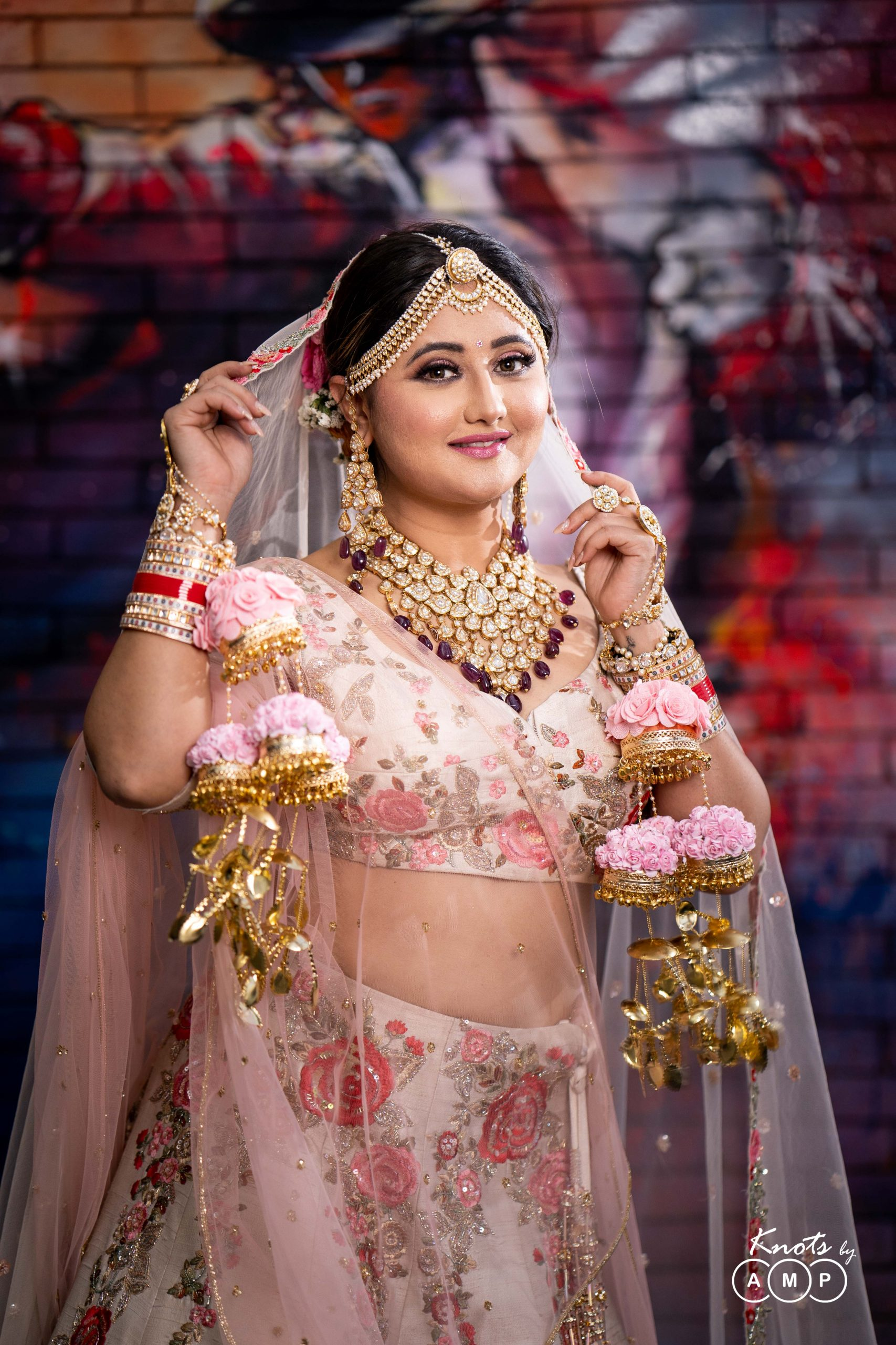 Actress Rashami Desai in Maathapatti by Shobha Shringar Jewellers -08
