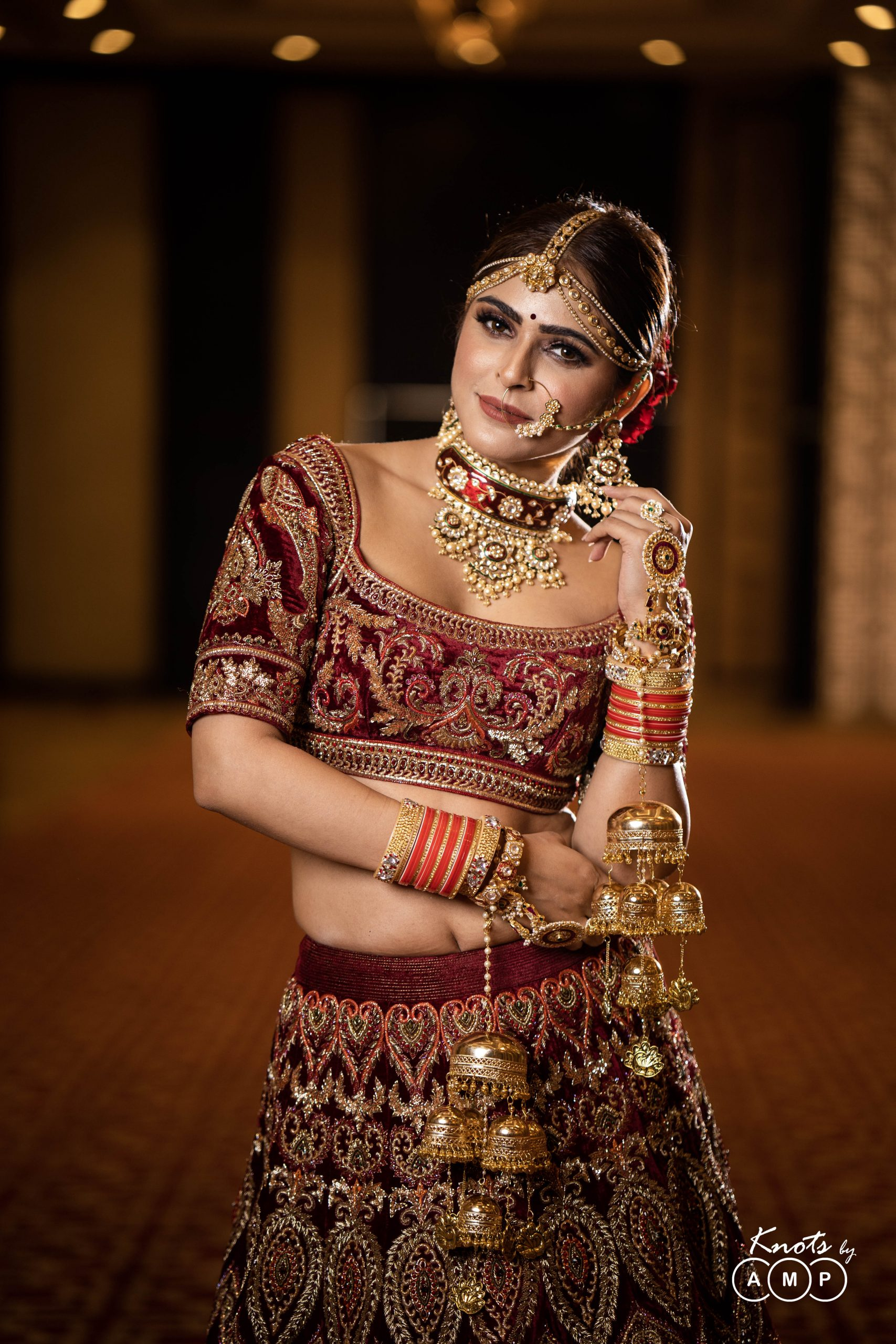 Actress Madhurima Tuli in Maathapatti by Shobha Shringar Jewellers -04