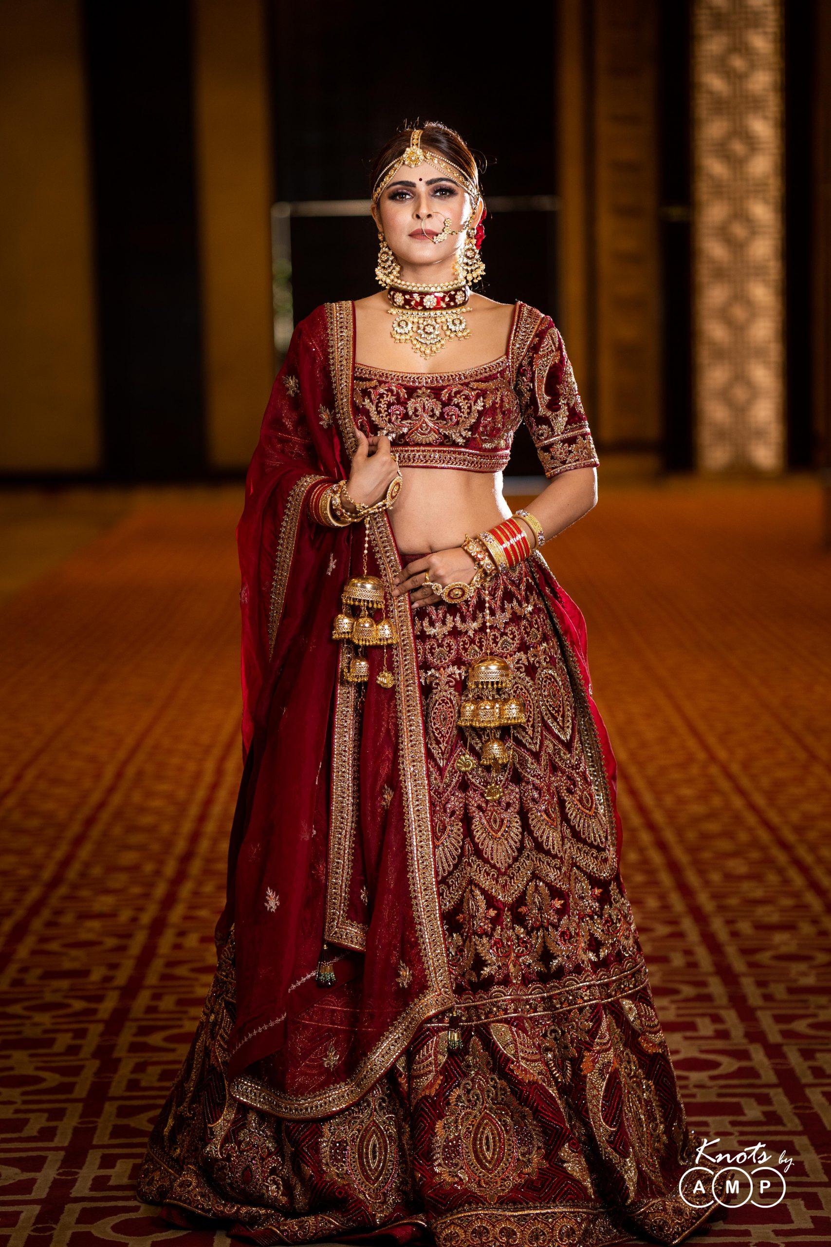 Actress Madhurima Tuli in Maathapatti by Shobha Shringar Jewellers -05