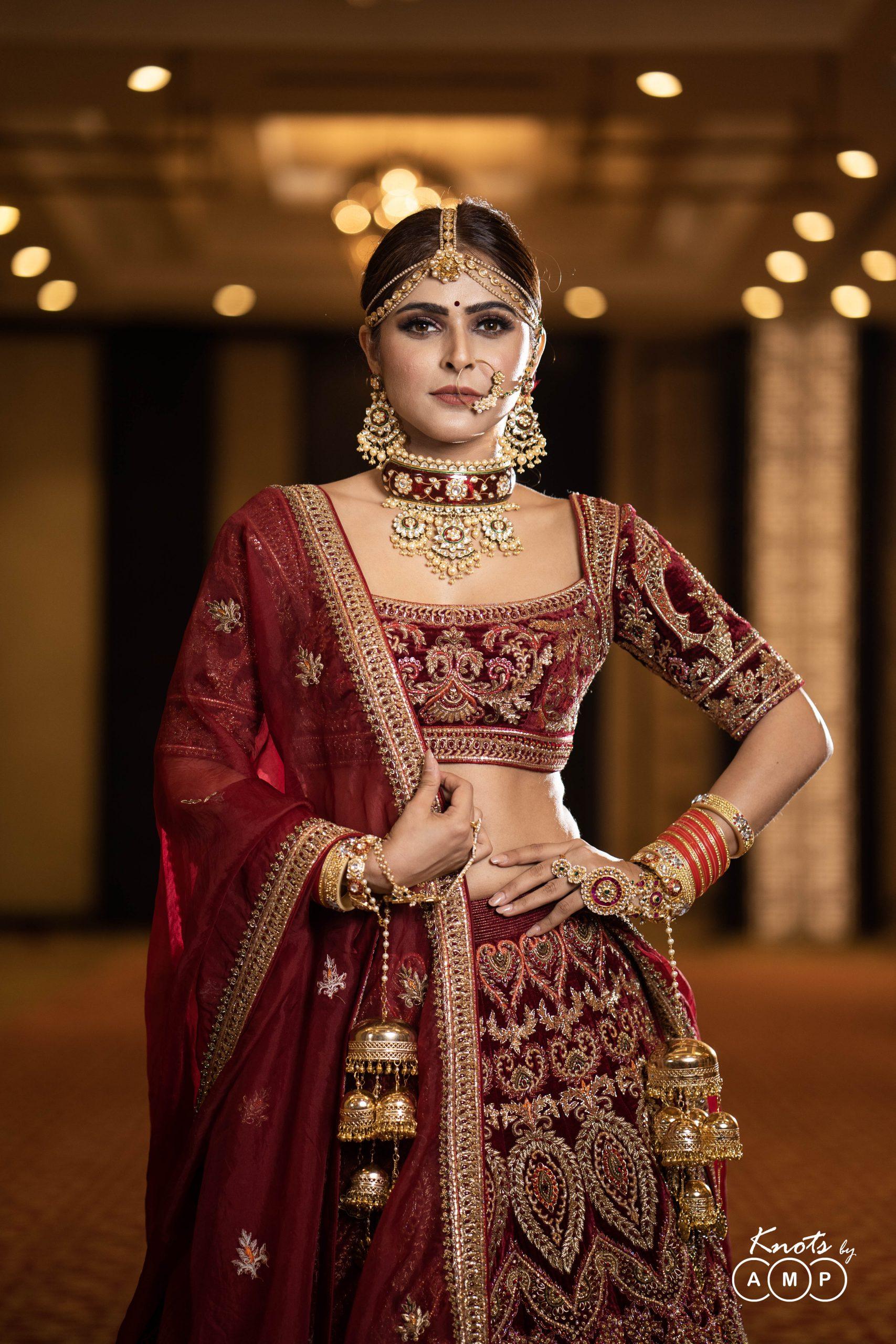 Actress Madhurima Tuli in Maathapatti by Shobha Shringar Jewellers -06