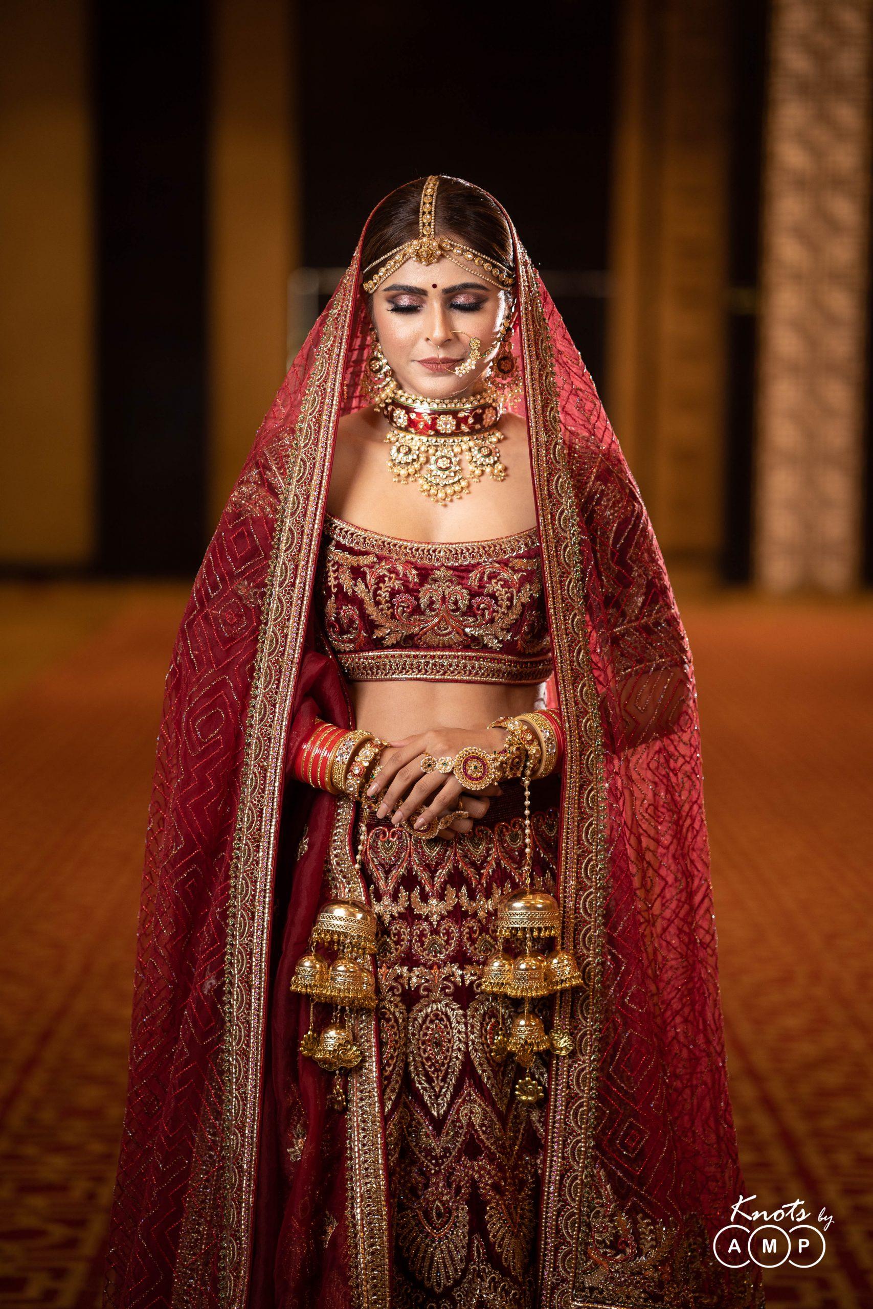 Actress Madhurima Tuli in Maathapatti by Shobha Shringar Jewellers -08