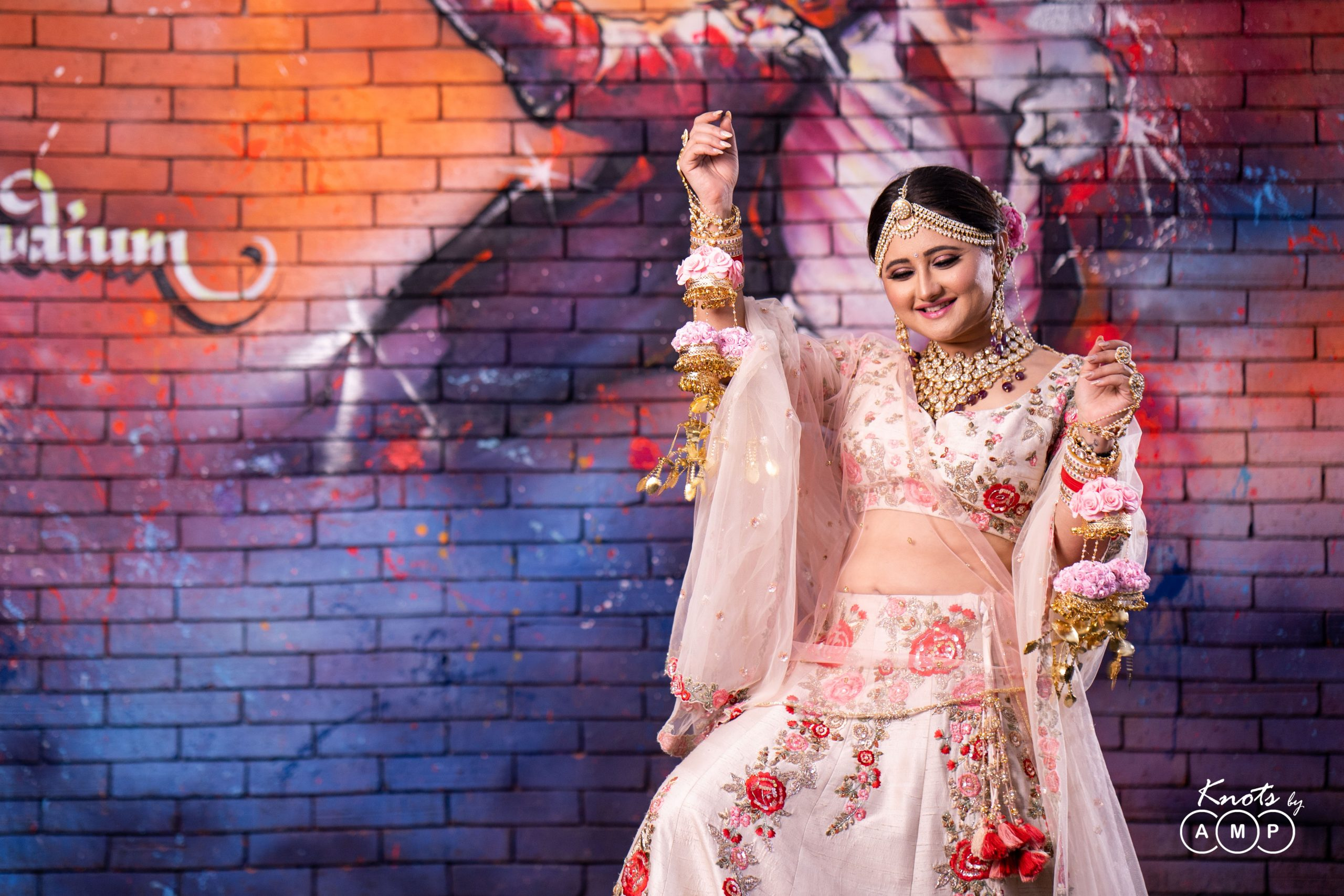 Actress Rashami Desai in Maathapatti by Shobha Shringar Jewellers -02