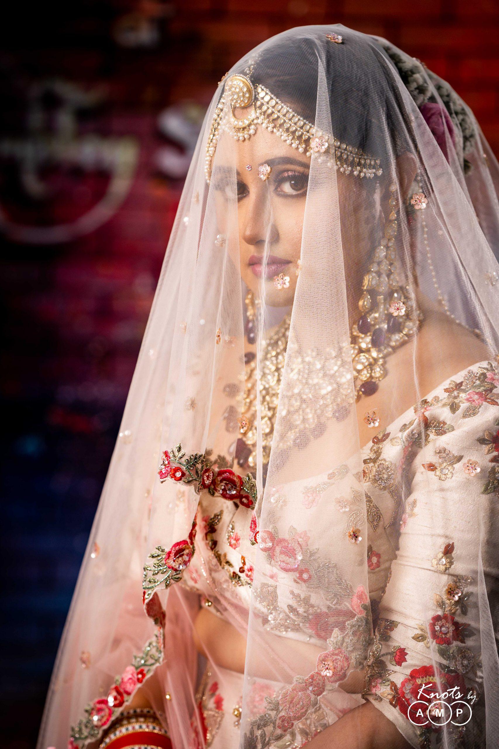 Actress Rashami Desai in Maathapatti by Shobha Shringar Jewellers -04