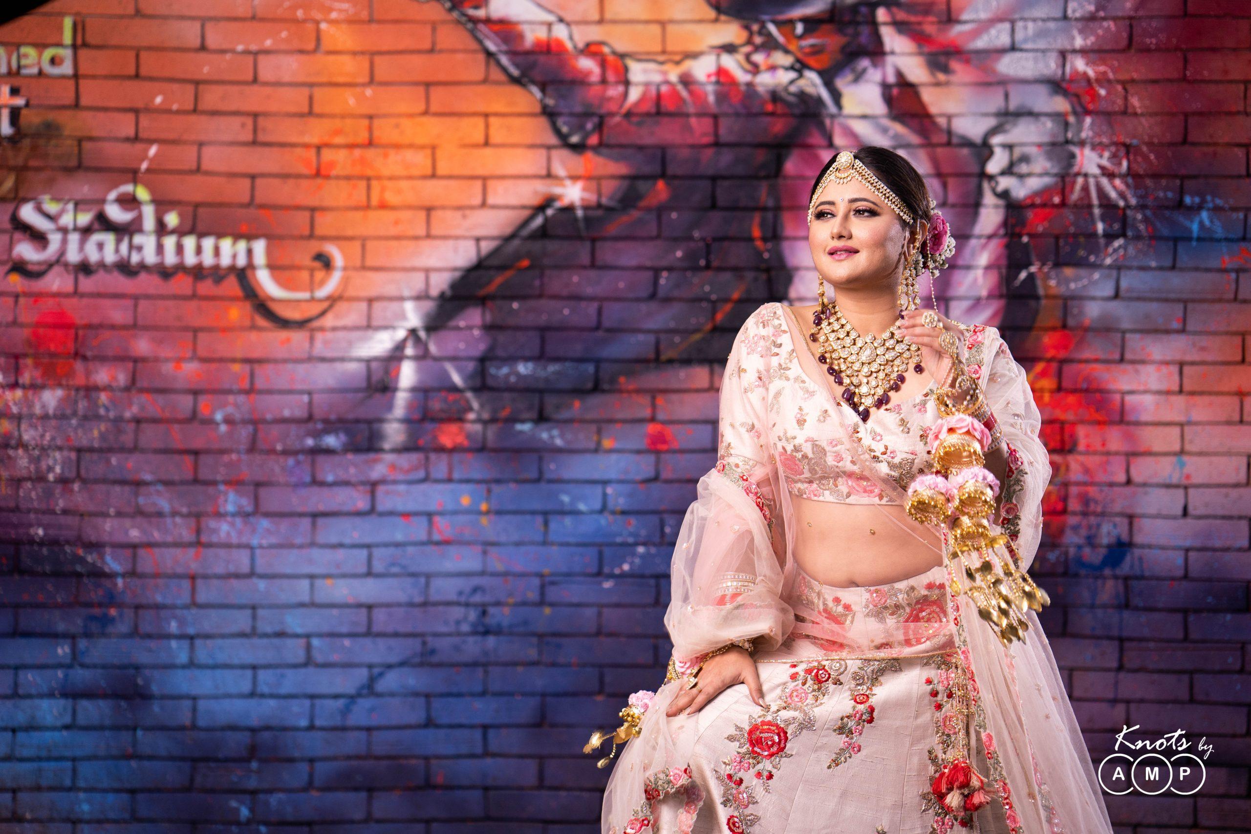 Actress Rashami Desai in Maathapatti by Shobha Shringar Jewellers -11